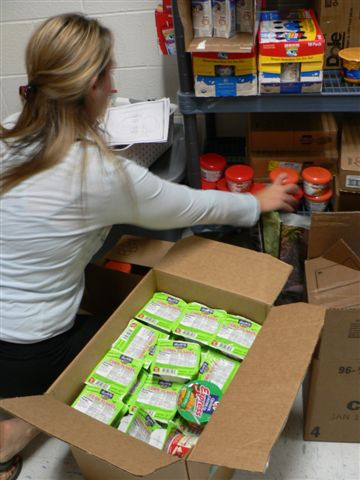 Community Partners Supply Weekend Meal Packs for MCPS Students